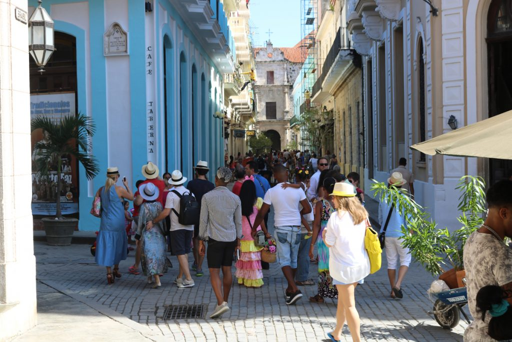 Cuba's Real Estate, At the Beat of Salsa